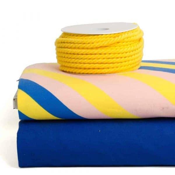 geel rondgedraaid katoendraad 6mm combi about blue Aangepast