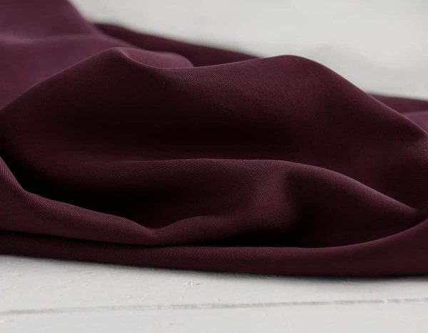 Meet Milk - Twill medium with TENCEL™ fibers - Maroon mm tencel twill medium maroon C