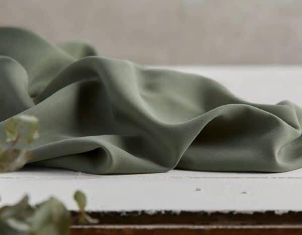 Meet Milk - Twill medium with TENCEL™ fibers - Moss mm tencel twill medium moss Aangepast